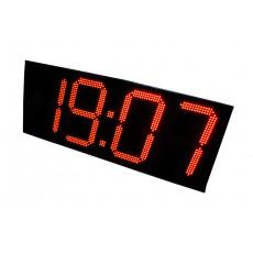 Уличные часы 88:88